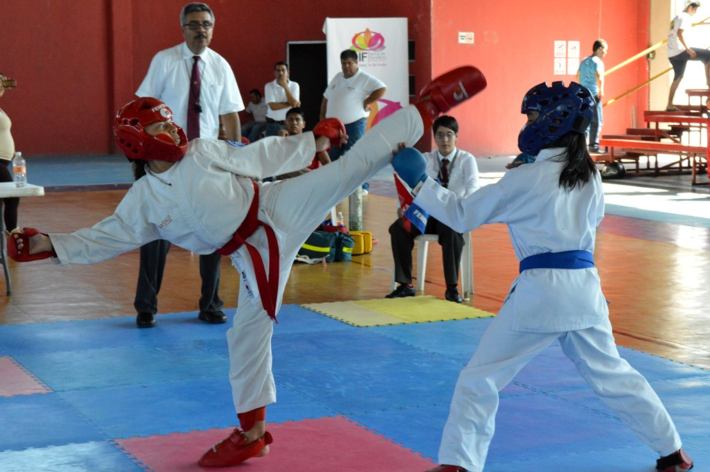 Bahía de Banderas sede estatal de Karate Do 2014